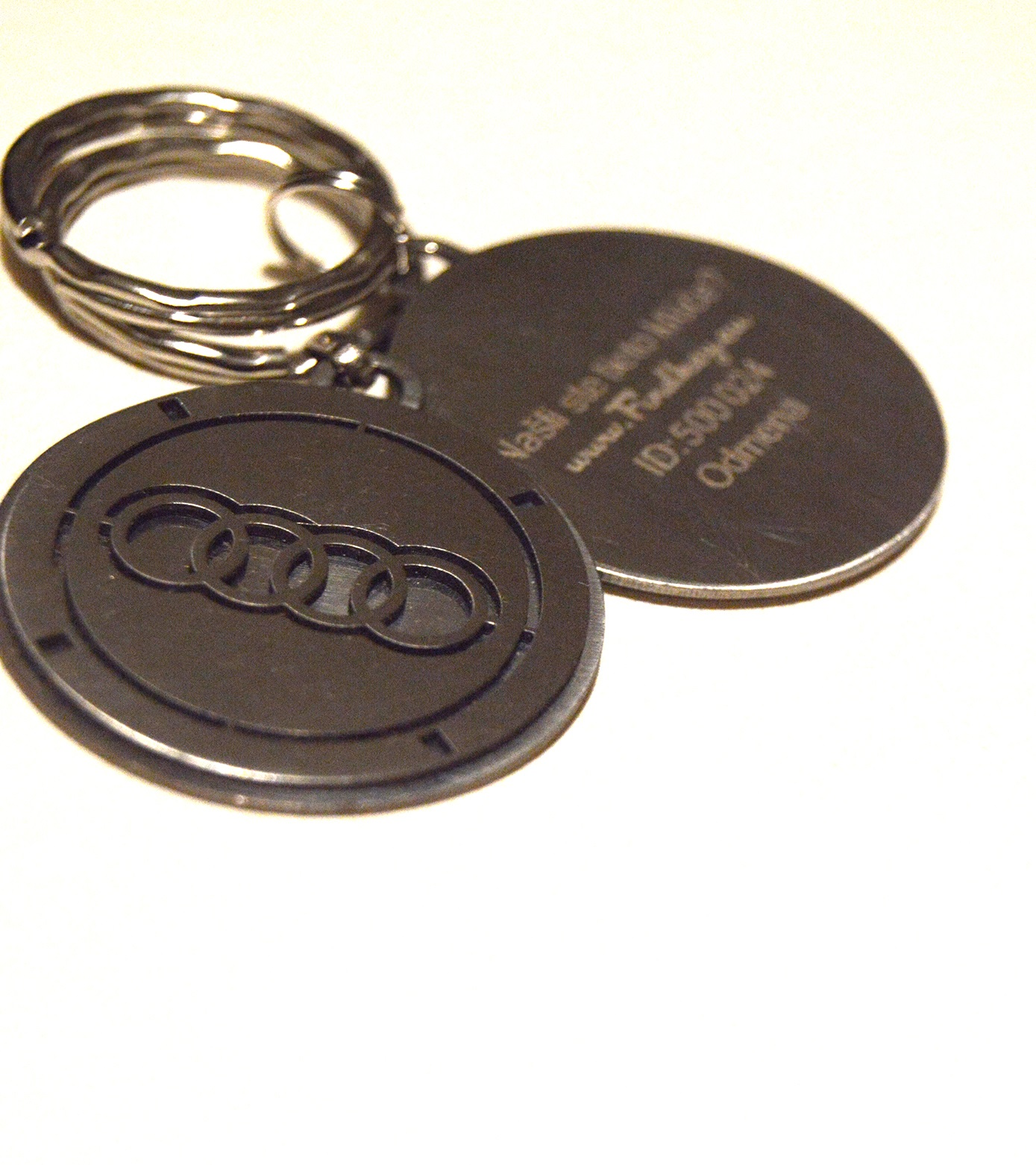 Kľúčenka Audi z chirurgickej ocele kruhová  6f95082f6f7