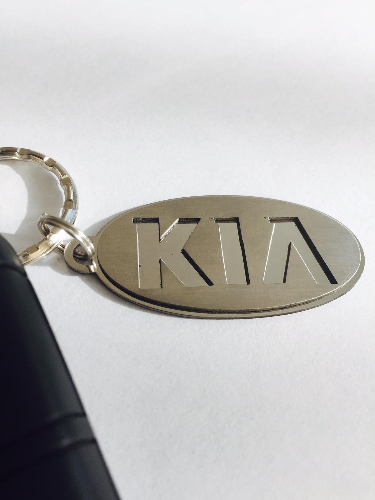 Kľúčenka KIA z chirurgickej ocele  064f381af00